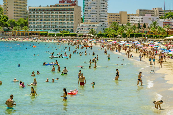 Spain hotel safety standards 'lottery' puts holidaymakers 'at risk'