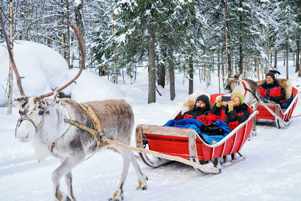 Lapland breaks cancelled as rain washes snow away