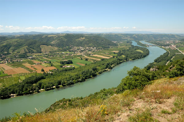 Investigation into death of British tourist on the Rhone