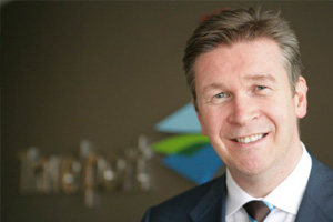 Travelport moves back into black