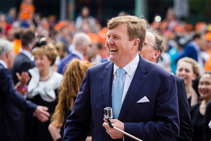 Dutch king reveals he flies as KLM co-pilot twice a month