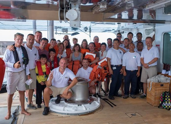 Crystal Cruises crew rescue sailors in the Seychelles