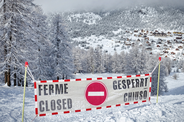 More ski resorts cut off due to heavy snow in the Alps
