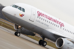 Lufthansa boss 'cannot comprehend' how Germanwings crash occurred