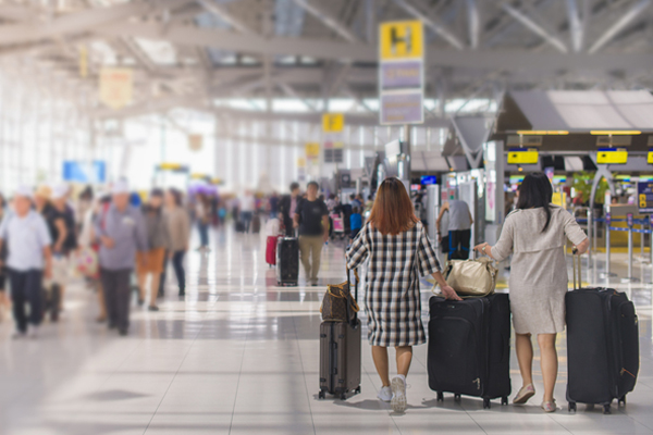 Airports hit back at airline bosses' claims
