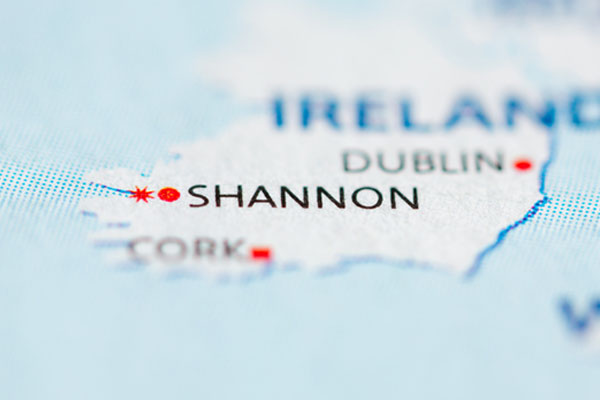 Emergency landing in Shannon hospitalises fourteen