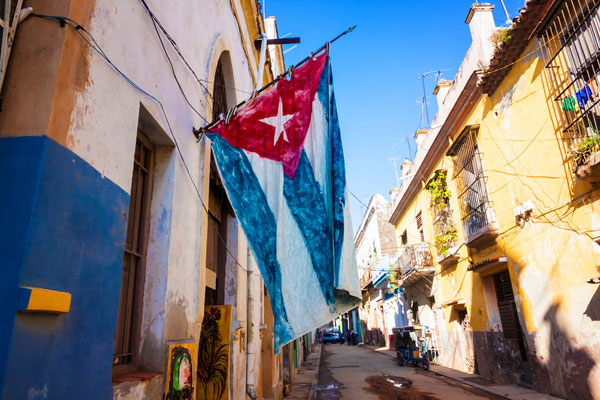 Eight US carriers win right to serve Cuba