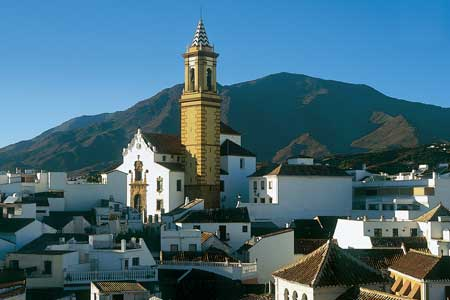 Spain: Estepona – top-end tourism on the Costa del Sol