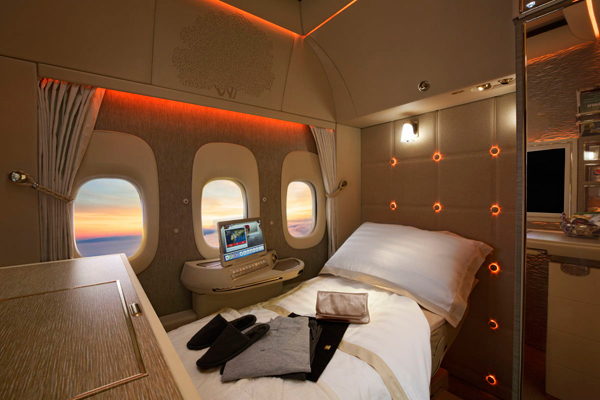 Emirates set to unveil new Boeing 777 first class suite