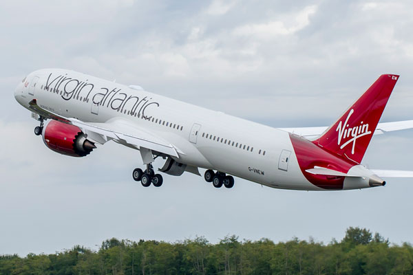 Abusive passenger forces Virgin Atlantic emergency landing [Video]