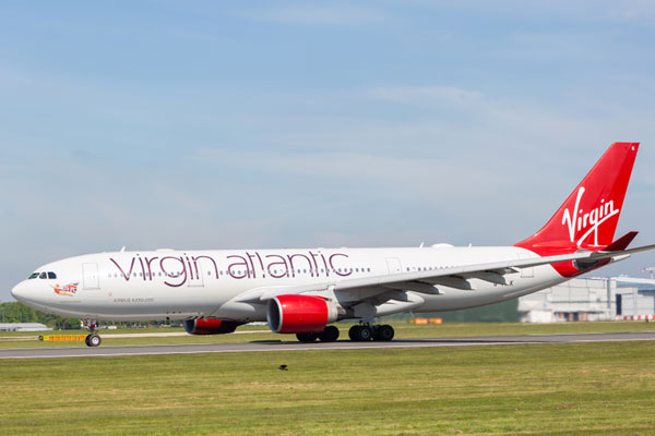 Virgin cabin crews 'threaten Easter strike over pay package'