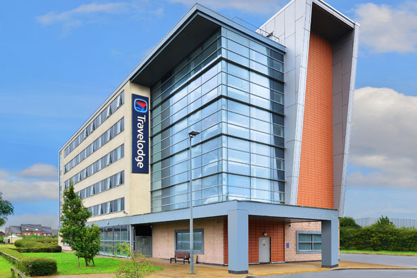 Liverpool John Lennon airport Holiday Inn Express becomes a Travelodge