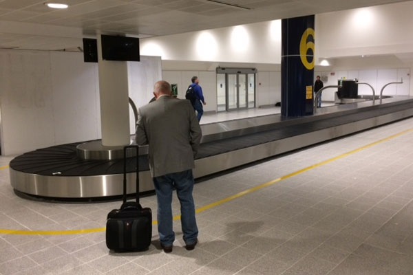 Manchester Airport installs additional baggage carousel amid £1.2m investment