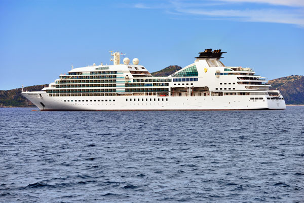 Seabourn Encore completes sea trials ahead of hand over
