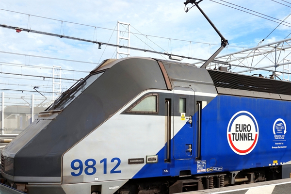 Eurotunnel Le Shuttle reports best yearly traffic since 2000