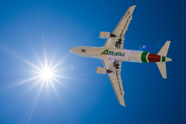 Alitalia restructure needed before Lufthansa sale