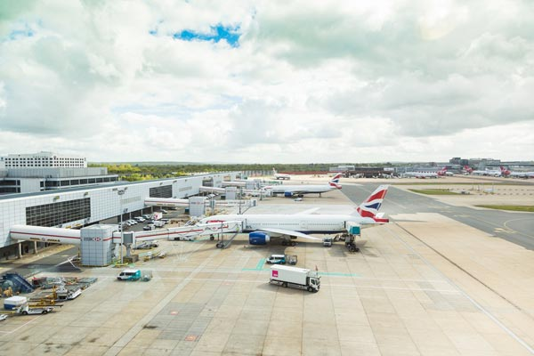 Gatwick to impose higher charges on noisier aircraft