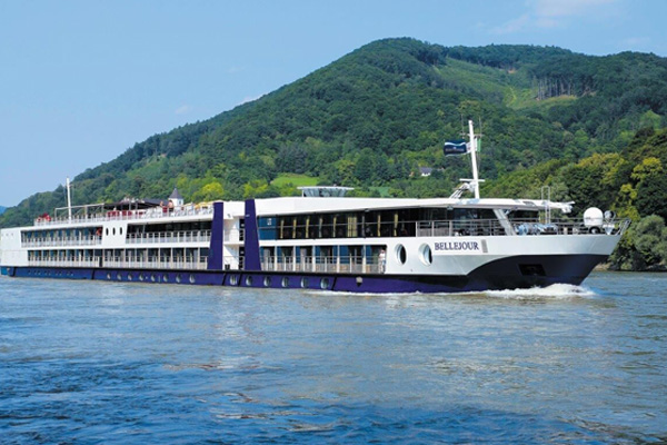 Titan Travel to charter second river vessel