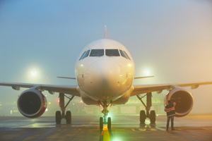 Fog disrupts UK flights for second day