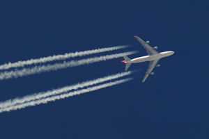 Airlines at the fore of FTSE 100 revival