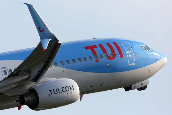 Tui Airways passenger fined £230 after bacon roll rage