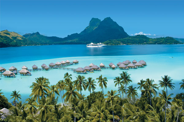 South Pacific: Cruise around the islands