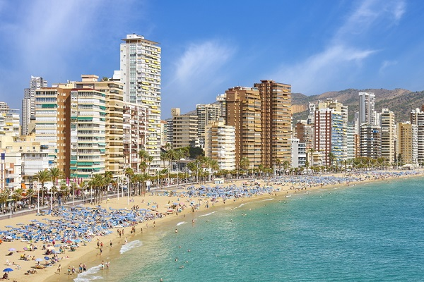 British holidaymaker 'complains of too many Spanish' at Benidorm hotel