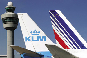 Capacity freeze and job cuts reduce losses at Air France-KLM