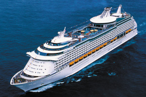 Cruise passenger removed after cabin complaint