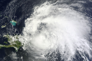 Hurricane Irene's approach puts Florida on alert