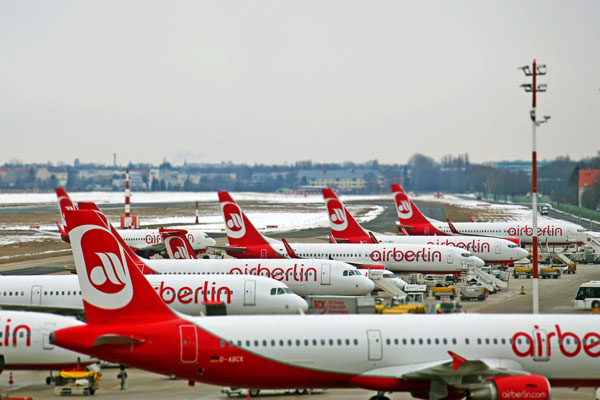 EasyJet enters race to acquire parts of Air Berlin