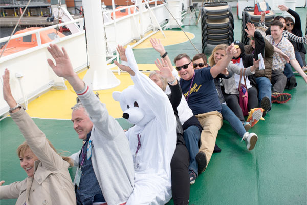 Agents get a taste of polar cruising on G Adventures expedition ship