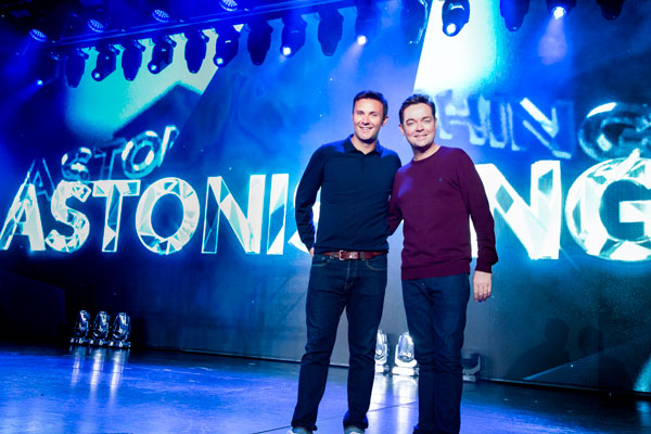 Agents enjoy star-studded performance of P&O Cruises' Astonishing
