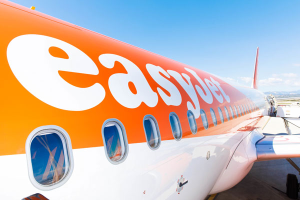 EasyJet passengers encounter weekend delays at Manchester airport