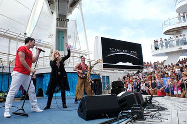 Royal Caribbean marks 'Total Eclipse' with Bonnie Tyler performance
