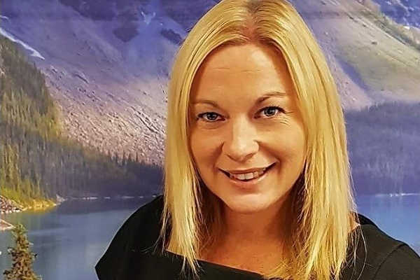 Cosmos promotes Janet Parton to director of sales