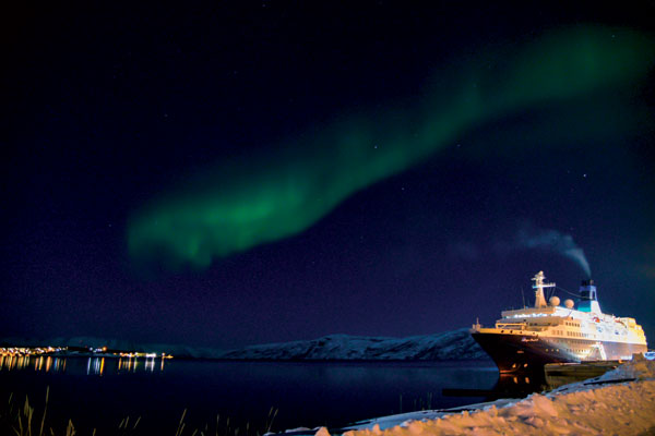 Dame Esther Ranzen's northern lights dream fulfilled by Saga