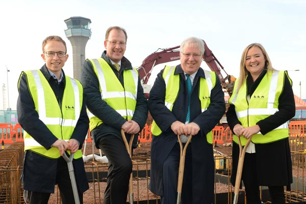 Luton airport expansion praised by transport secretary