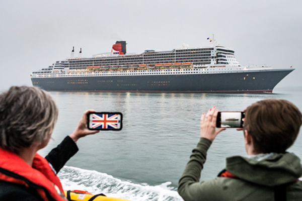 New look QM2 sails into Southampton after £90m 'remastering' [Video]