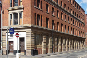 EasyHotel buys Manchester building for new budget property