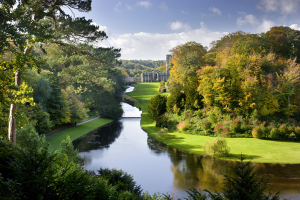 Just Go! Holidays launches six new tours in National Trust partnership