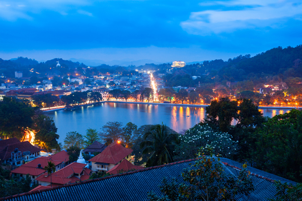 Sri Lanka keeps Kandy curfew in place as a precaution