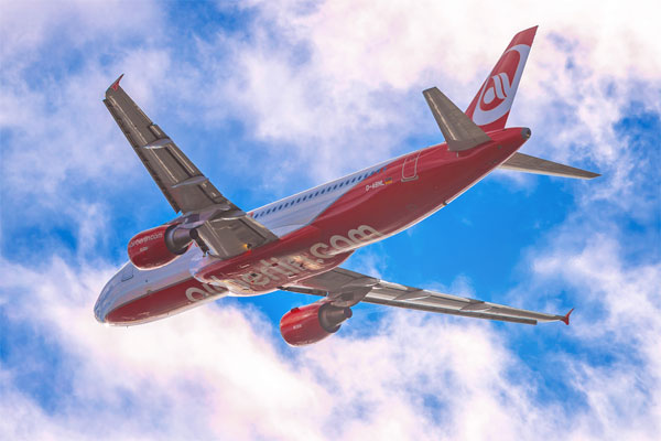 Lufthansa, easyJet triumph with Air Berlin bids