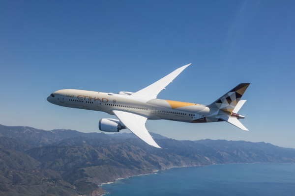 Etihad offers free child seats in flash sale