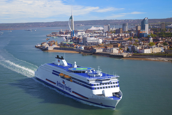 Brittany Ferries extends suspension of some services