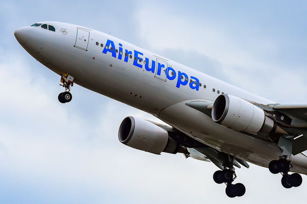 BA owner agrees cut-price €500m deal for Air Europa